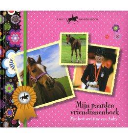 Mijn Paarden Vriendinnenboek