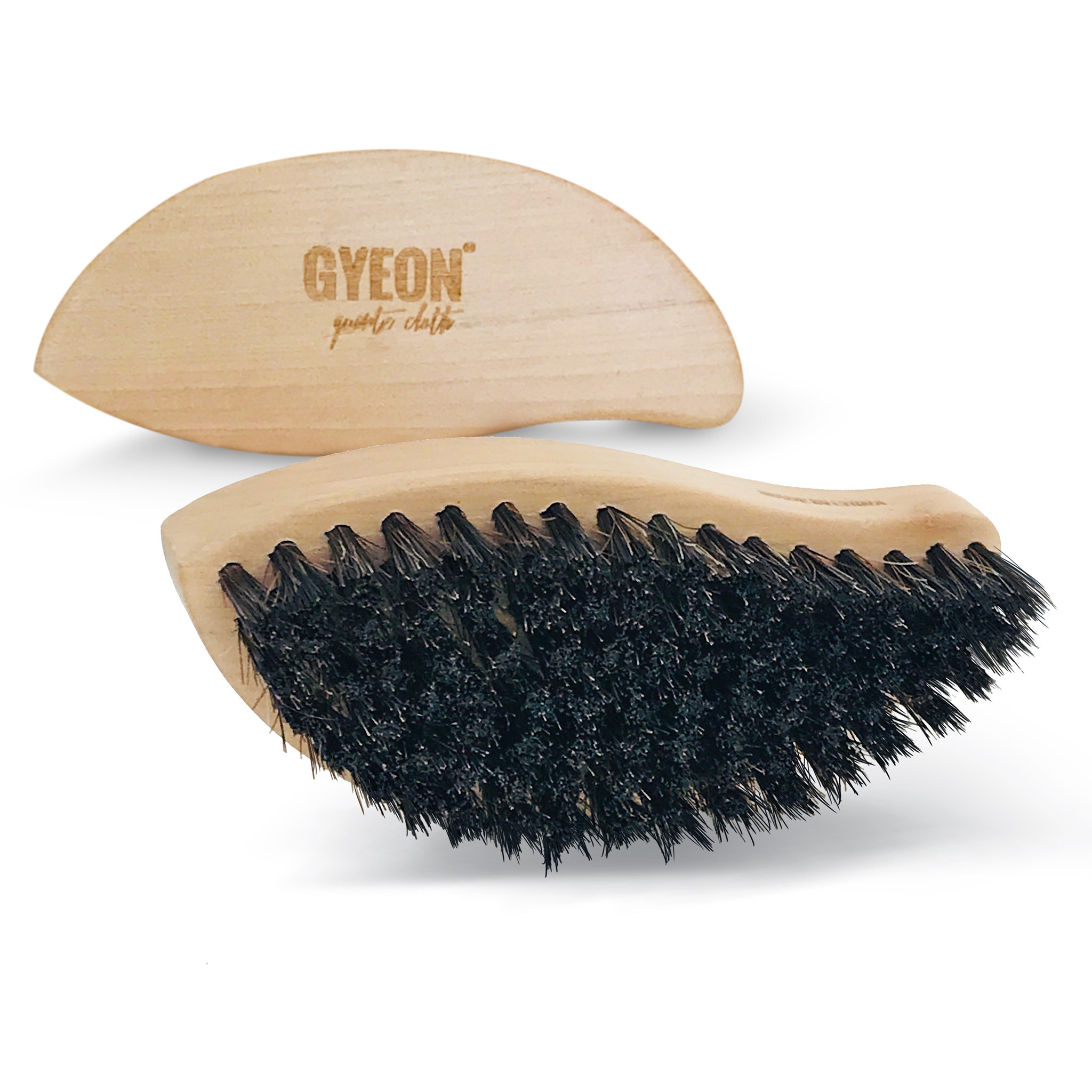 Gyeon Q2M Leather Brush