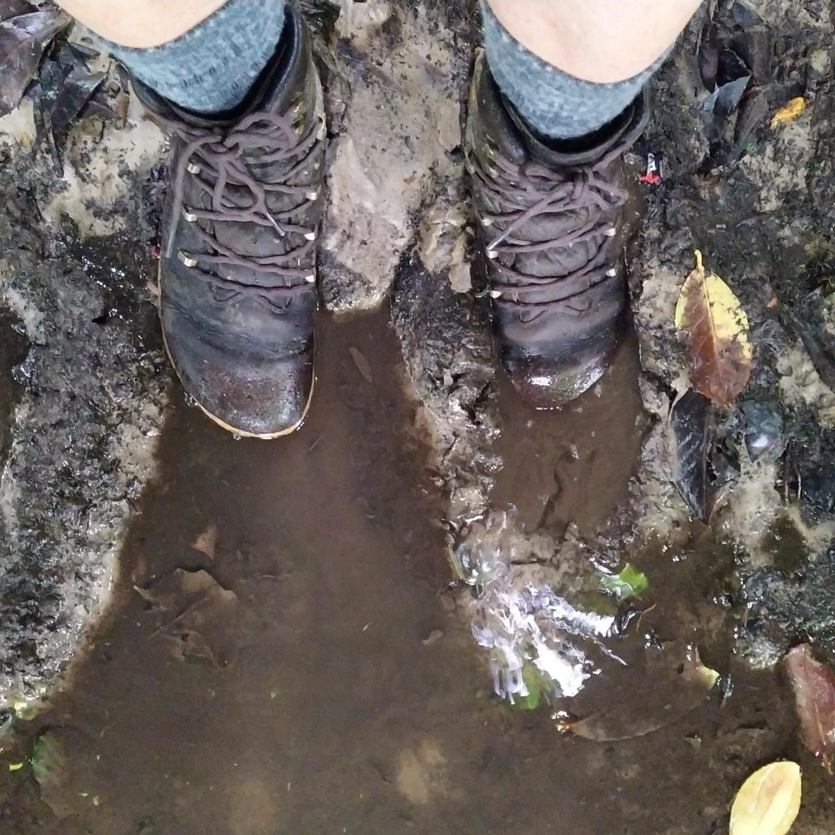 Vivobarefoot Tracker Forest ESC - 5 in de modder