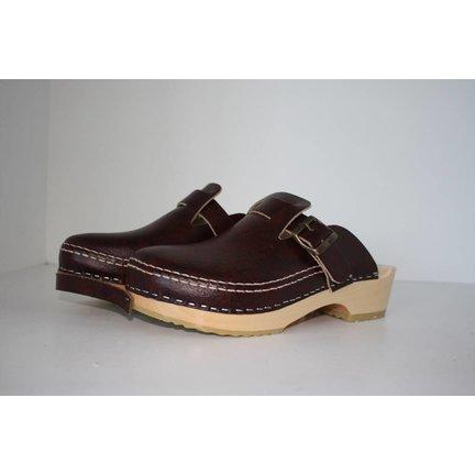 Klompen en (veiligheids)schoenen)