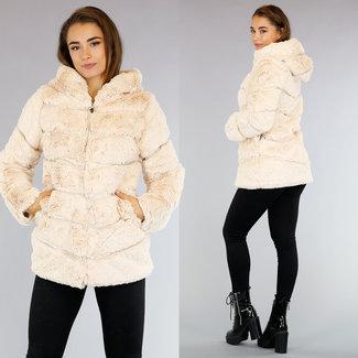 NEW0210 Beige Halflange Faux Fur Jas met Streeppatroon