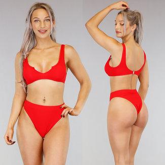 Rode High Waist Rib Bikini met Uitsnede