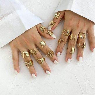 Gouden Letter Ring K t/m T