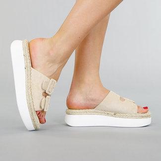 !OP=OP. Beige Slippers met Plateauzool en Gespen