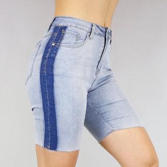 Lichtblauwe Jeans Bermuda met Streepdetail
