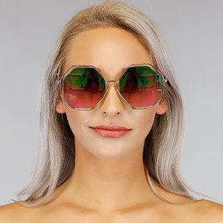 Gouden Metalen Zonnebril met Grote Glazen