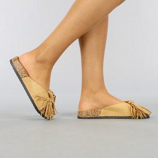 NEW1003 Camel Suède-Look Slippers met Franje