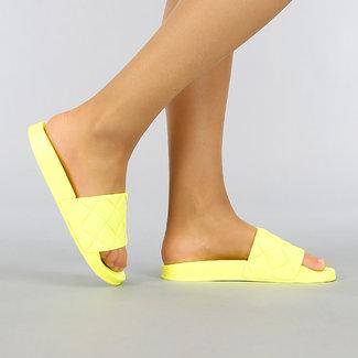 Neon Gele Rubberen Slippers met Reliëf