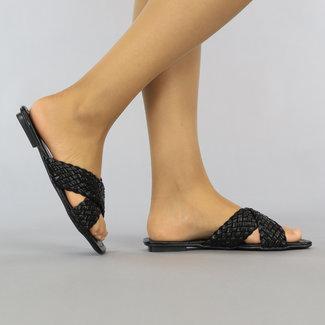 Zwarte Gevlochten Lederlook Slippers