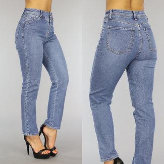 NEW0109 Vintage Straight Leg Jeans