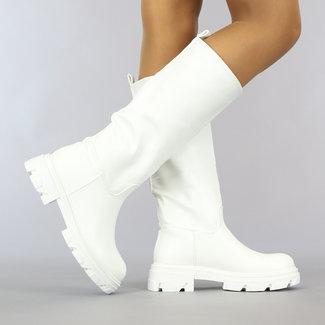NEW0610 Witte Lederlook Instap Boots