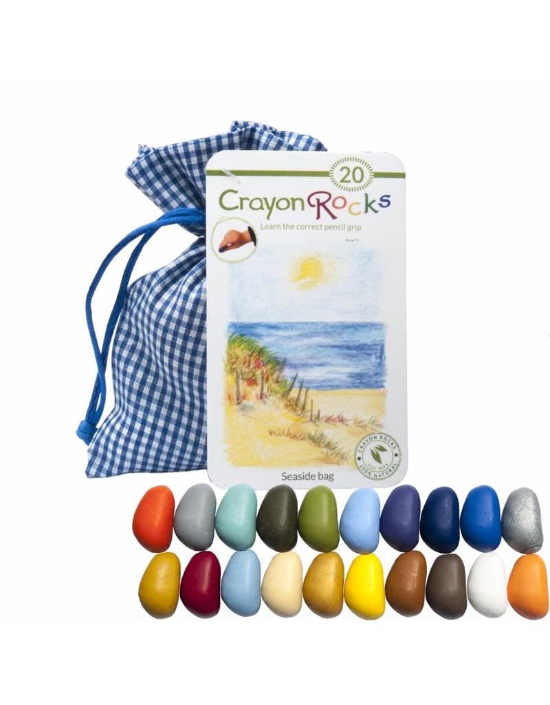 Crayon Rocks Twintig (20) Crayon Rocks in een blauw-wit geruiten zakje met zee, zon, lucht en strandkleuren