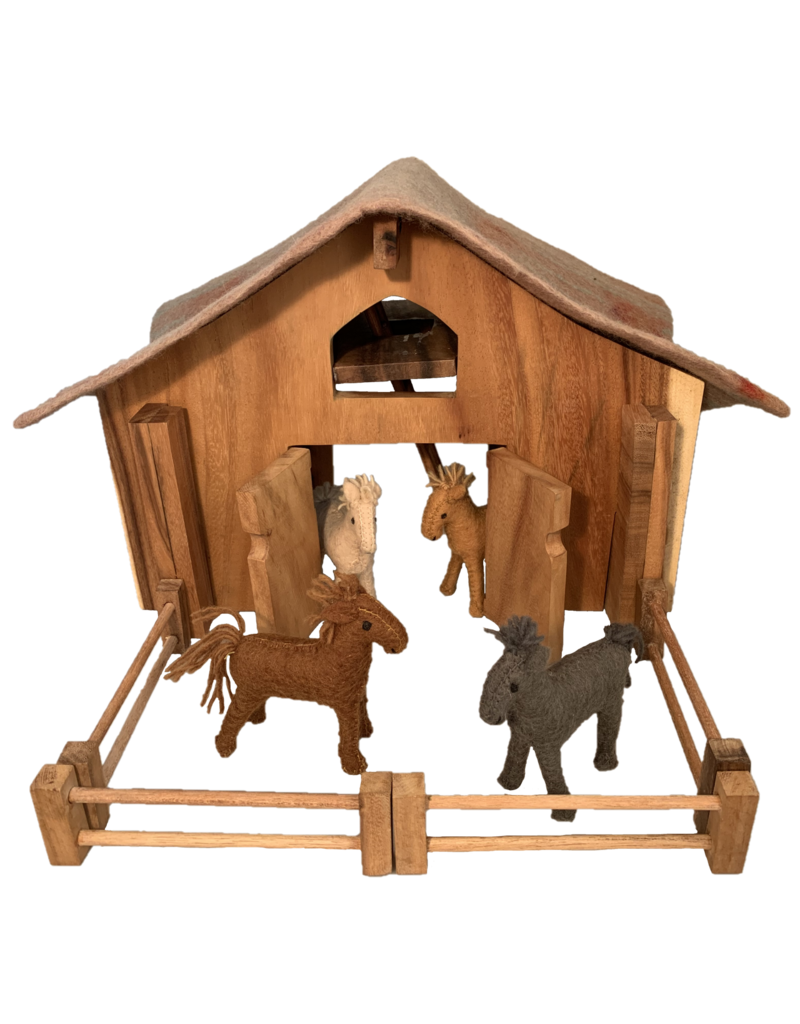 Papoose Toys Barn and Horse Set/16 pc