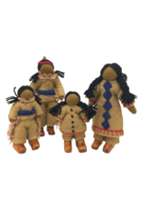Papoose Toys Native american family / 5 pcs