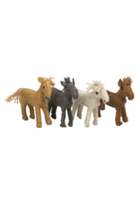Papoose Toys Barn horse / 4 pcs