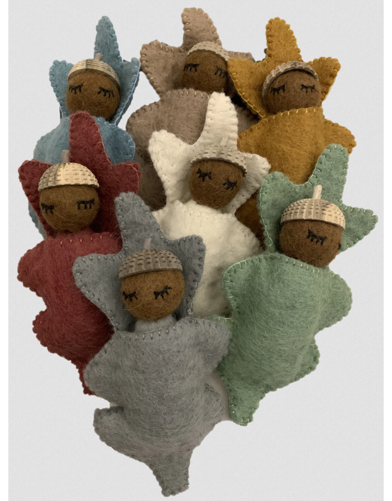 Papoose Toys Earth Acorn babies 7 pieces