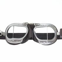 compact 9 superjet motorbril bruin