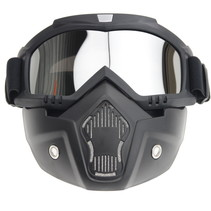 Black goggle mask - silver reflection lens