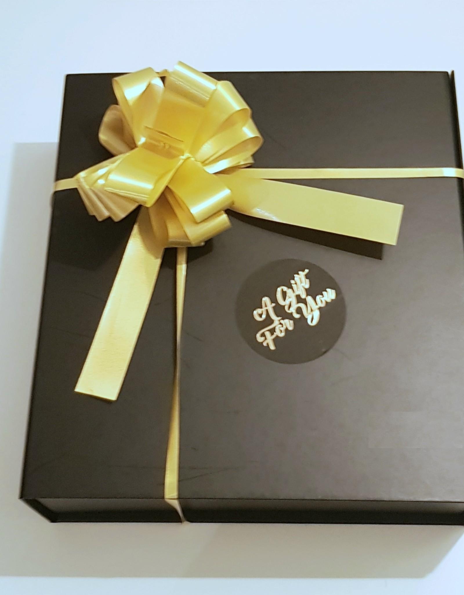 Luxueze geschenkenset/ giftset van Suntana met een Suntana  selftan mousse naar keuze en een Suntana mango Tan Extender crème.