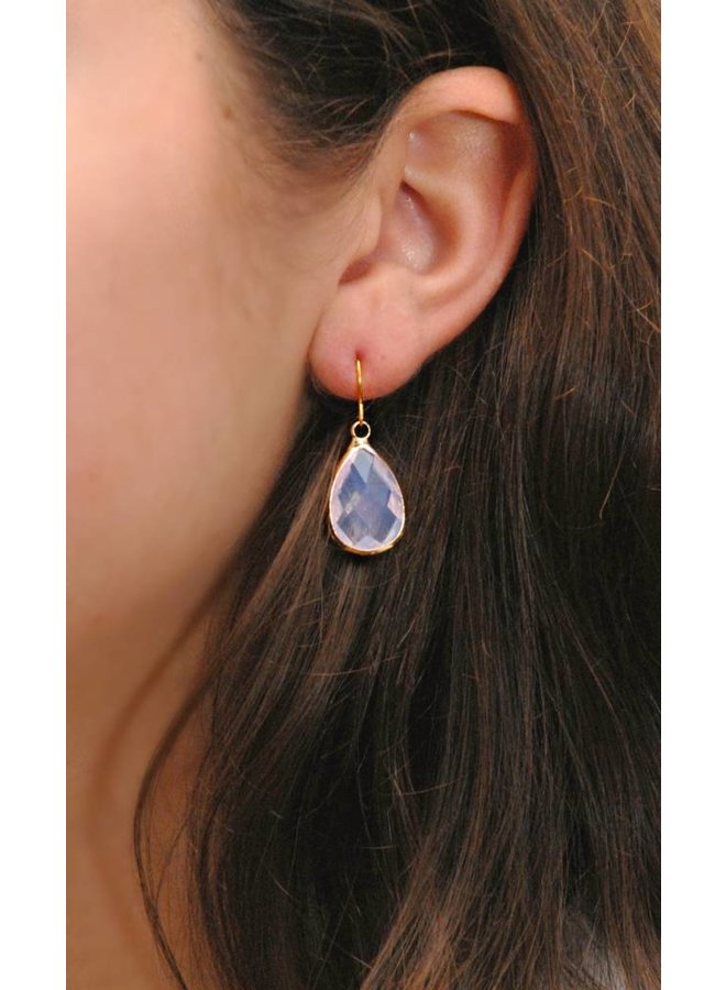 Dare to be Fabulous Teardrop Crystal gold