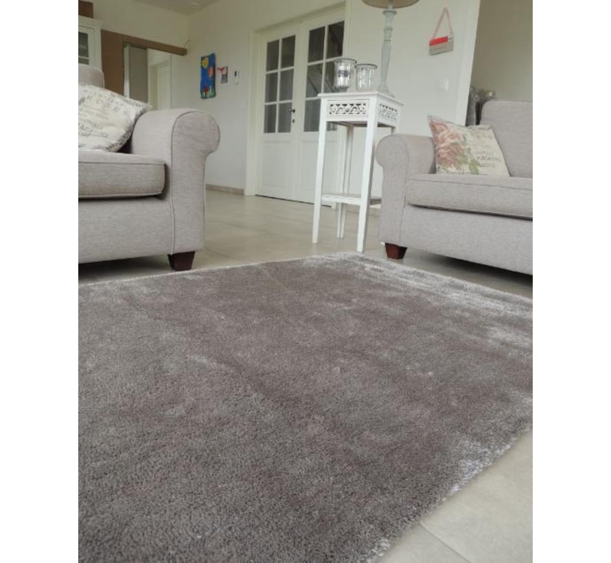 Hoogpolig tapijt taupe luxe 20 mm