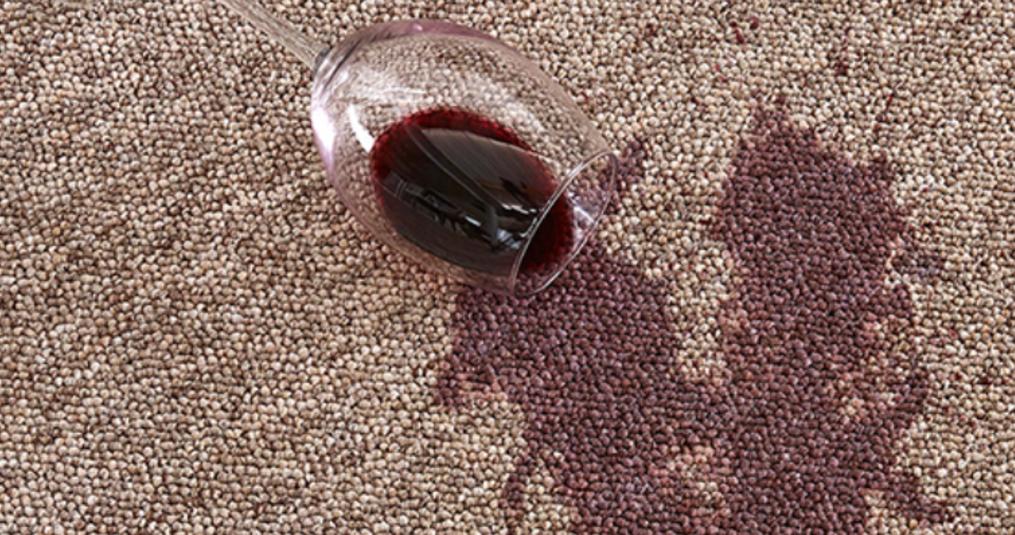 Het reinigen van tapijt