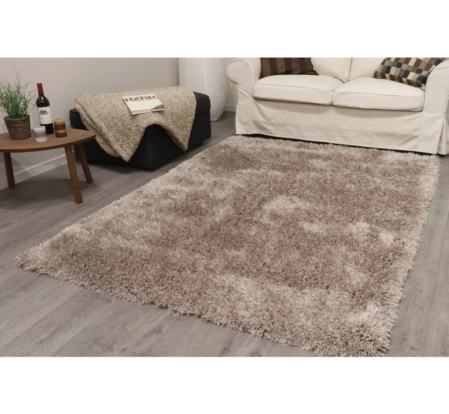 Hoogpolig tapijt in polyester mix  taupe