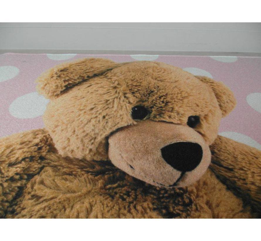 Tapis bébé rose avec ours en peluche
