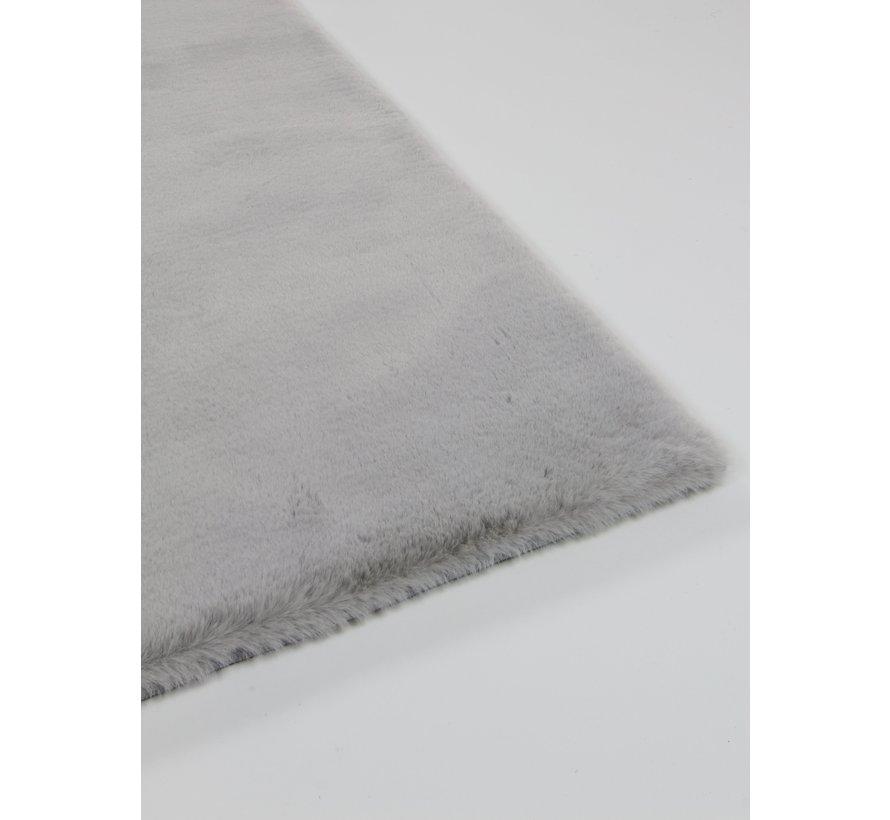 Fluweelzacht tapijt zilver