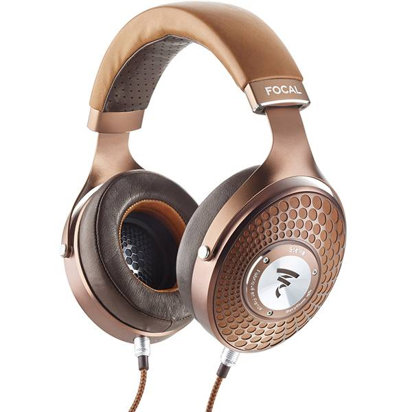 Focal introduceert nieuw topmodel gesloten hoofdtelefoon en hun eerste hoofdtelefoonversterker.