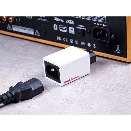 iFi Audio GND Defender - Outlet
