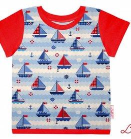 T-Shirt kurzarm, Schiffe blau rot weiss, Ärmeln rot