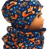Warme Kindermütze mit passendem Loopschal, Füchse auf dunkelblau