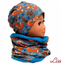 Warme Kindermütze mit passendem Loopschal, Füchse auf grau