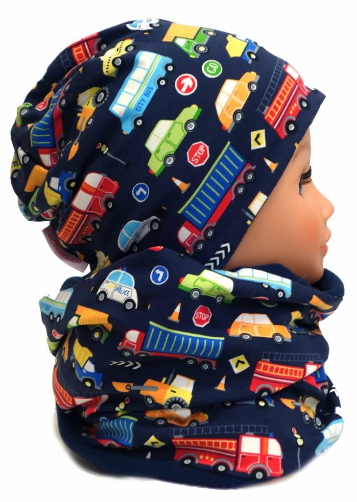 Kindermütze, Wintermütze mit Fleece, Autos auf dunkelblau