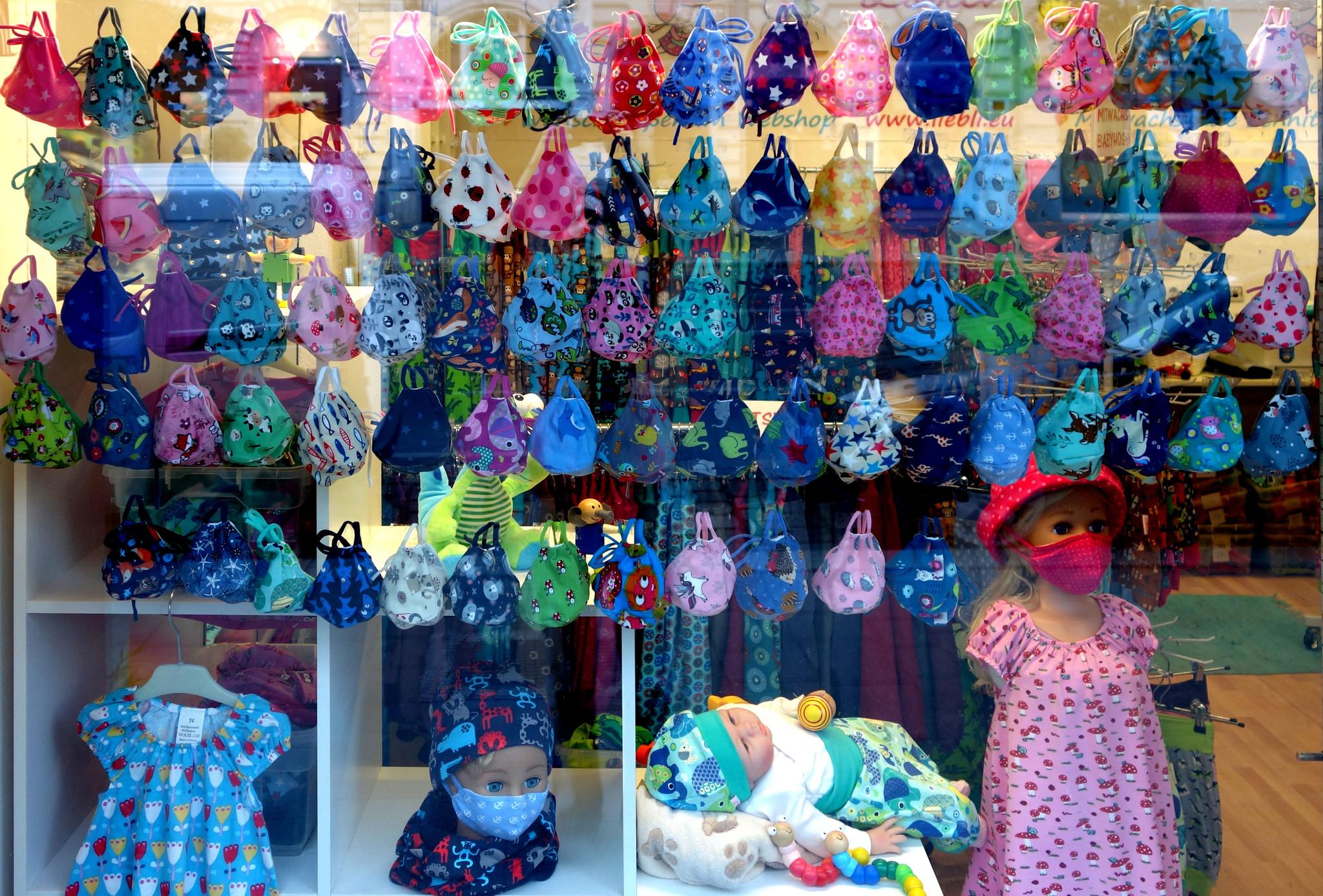 bunte Kindermasken von Liebli Kindermode