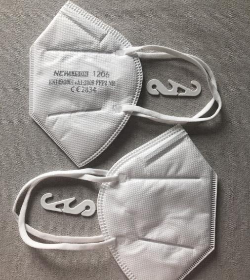 FFP2 Maske,  Atemschutzmaske, Mundschutz New Lison - mit längeren Ohrschlaufen, optimal für Herren mit größerem Kopf