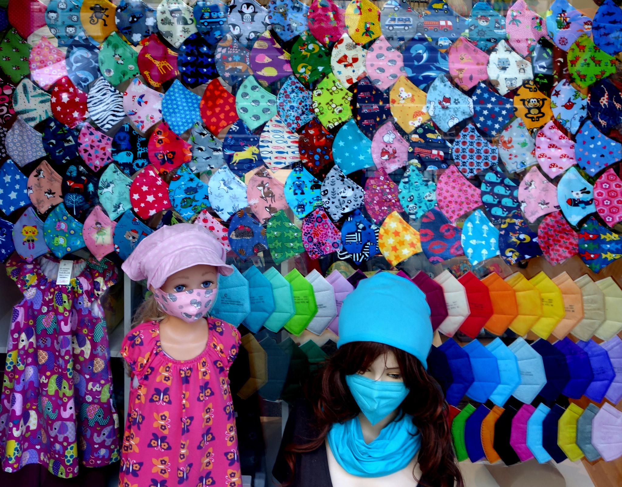 Kindermasken, Kinder Stoffmasken, Stoffmasken für Kinder, Mundschutz für Kinder, Kinder Mundschutz, Kinder MNS, Kindermasken kaufen, waschbare Stoffmasken, waschbare Kindermasken, Stoffmasken kaufen, bunte Masken Wien