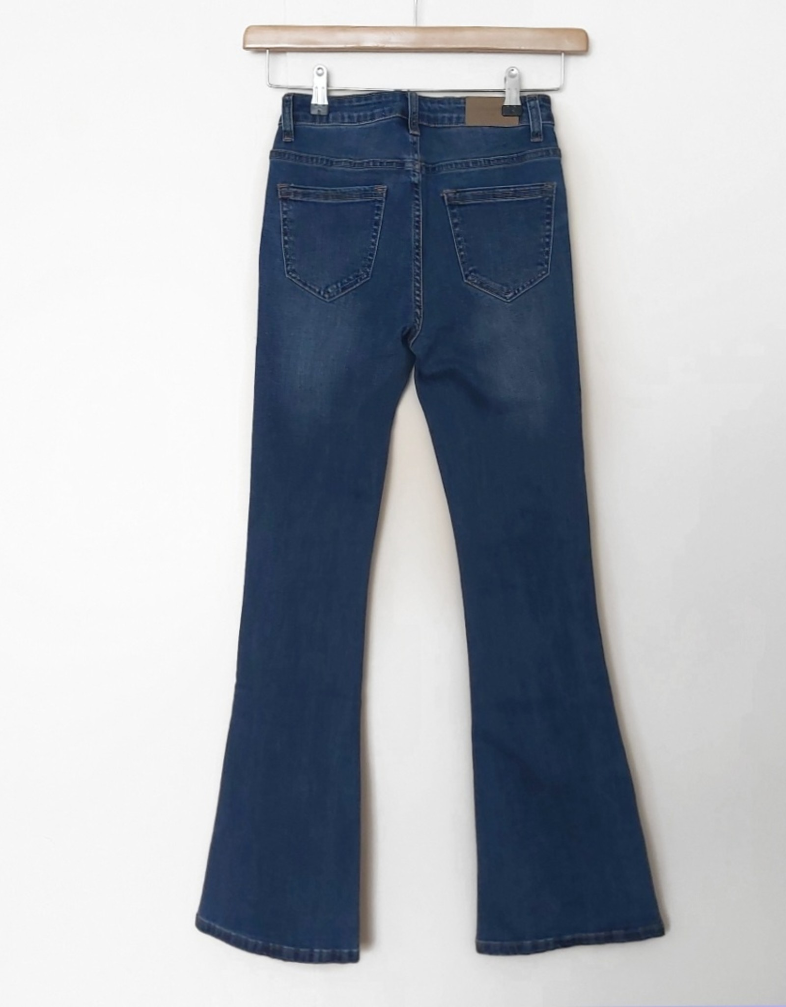 Nina Carter Flared Jeans