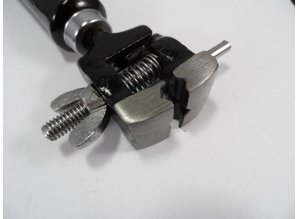 Hand vice with wing nut