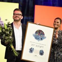 De Grote Vriendelijke Podcast De Grote Vriendelijke Podcast - Lezing Bart Moeyaert bij Astrid Lindgren Memorial Award - Aflevering 14