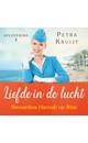 Petra Kruijt Stewardess Hannah op Ibiza