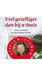 Meer info over Sylvia Witteman Veel gezelliger dan bij u thuis bij Luisterrijk.nl