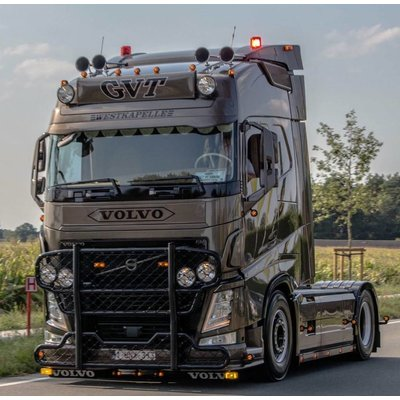 Amber Daytime running lights Volvo FH4