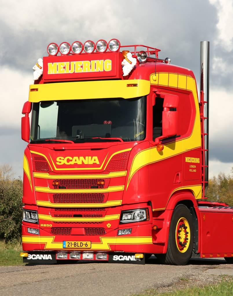 Scania NextGen Aluminium zonneklep recht