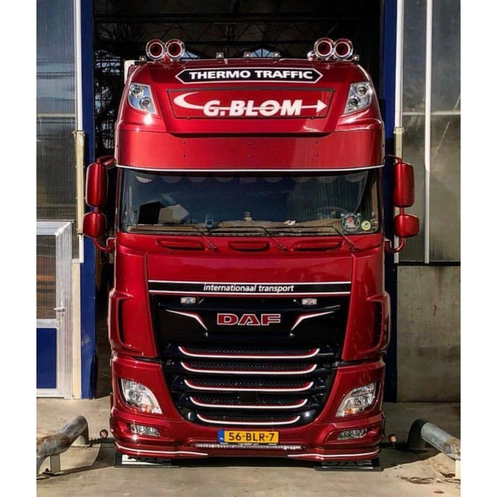 Deep Sunvisor for DAF XF Super Space Cab