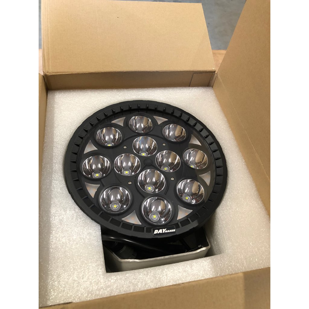 Daymaker LED driving light with amber position light