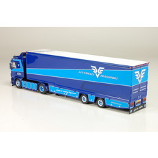 Tekno model of the V8classic with campertrailer