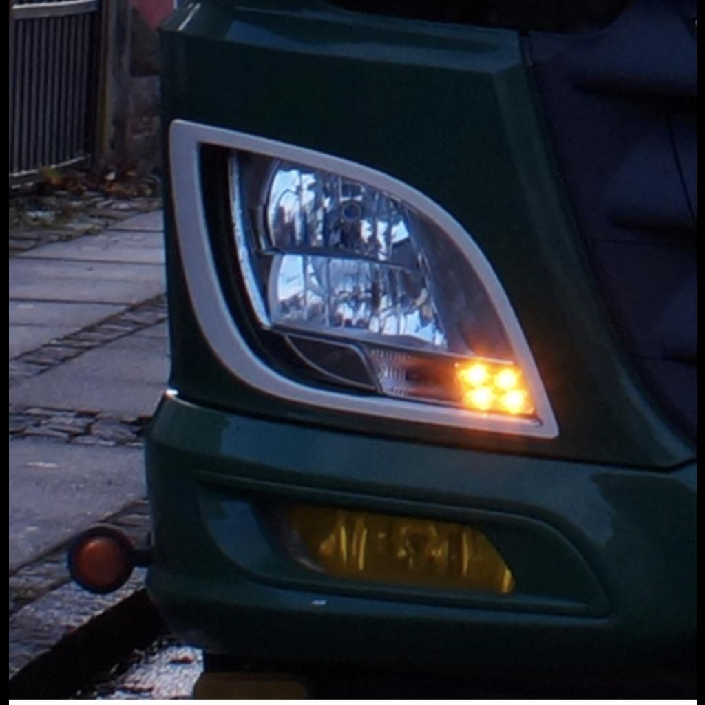 Oranje LED dagrijverlichting voor de DAF XF/CF Euro6