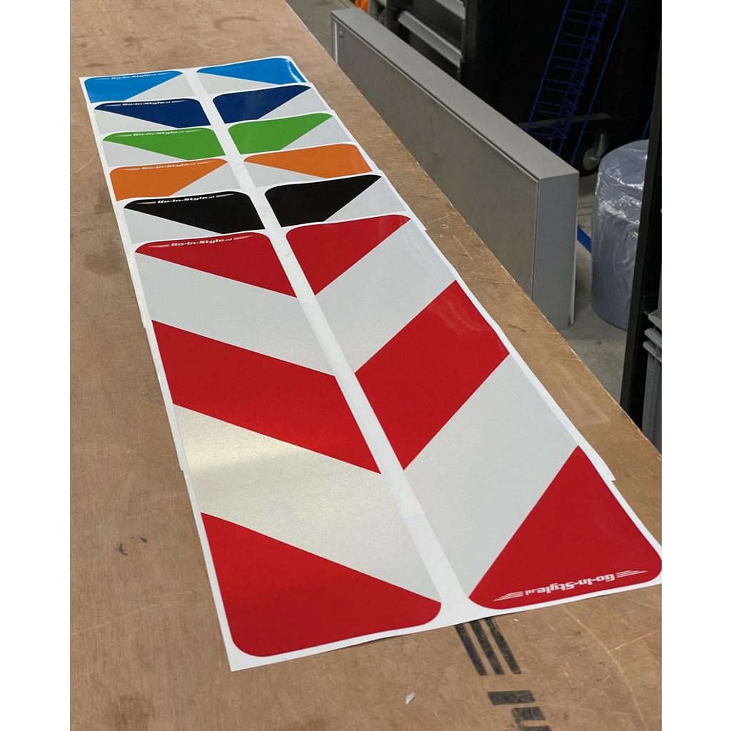 Reflecterende GIS Lengtebordsticker (set) in de kleur van je wagen!